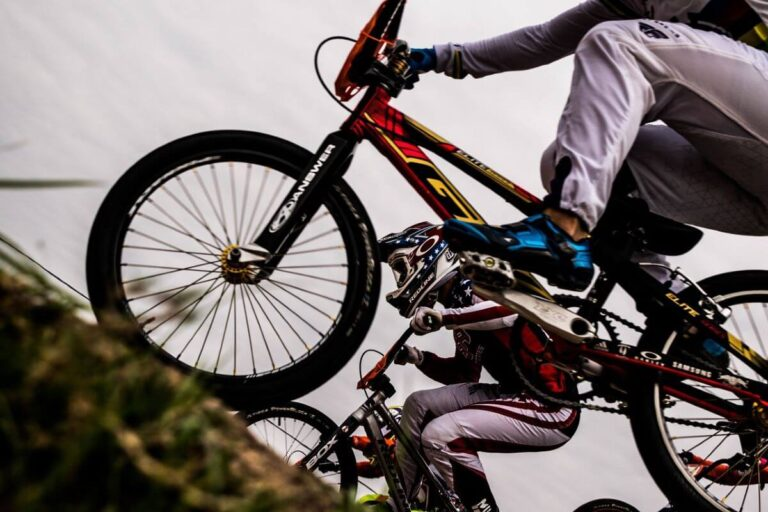 best bikes for wheelies