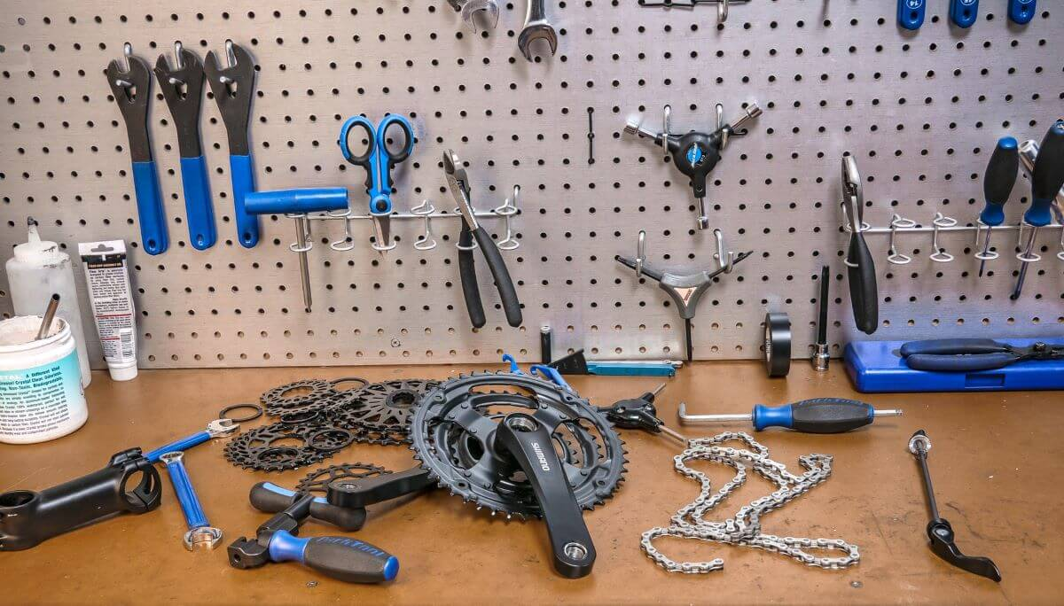 tools to use when truing a bicycle wheel