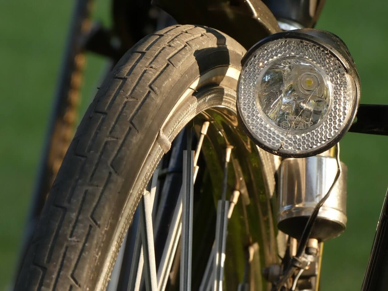 dynamo lights for bicycles