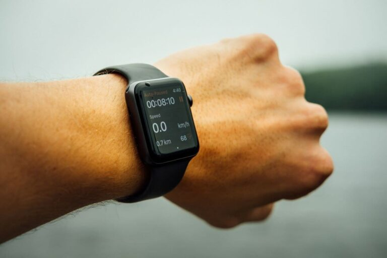 Best Fitbit For Cycling